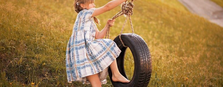 how to make a tree swing with a tire